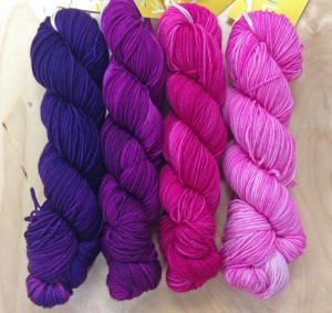 Dark purple to pale pink Knitsch Sock gradient
